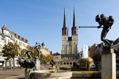 Hallmarkt mit dem Göbelbrunnen