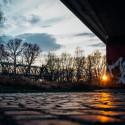 Sonnenuntergang auf Pflastersteinen
