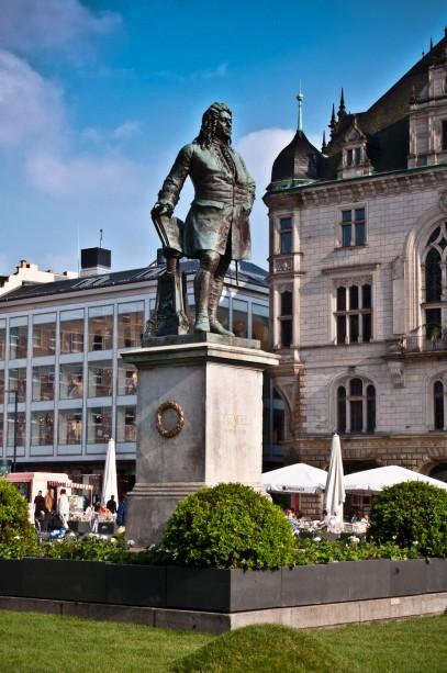 Händel Denkmal