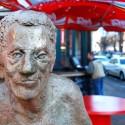 Statue am Uniring Ecke Geiststraße