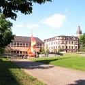 Sachsen-Bank im Hintergrund