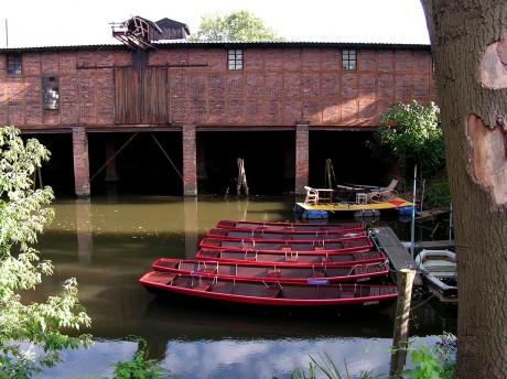 [lang_de]Sechs Ruderboote[/lang_de][lang_en]Six boats[/lang_en]