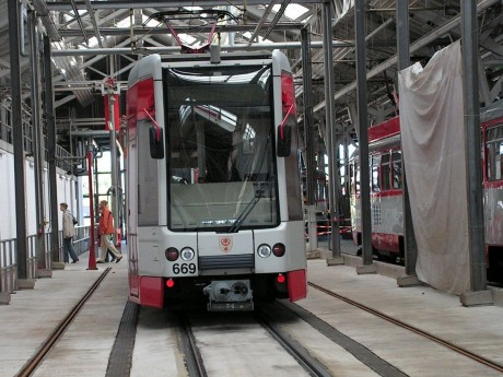 Straßenbahn in der Betriebswerkstatt