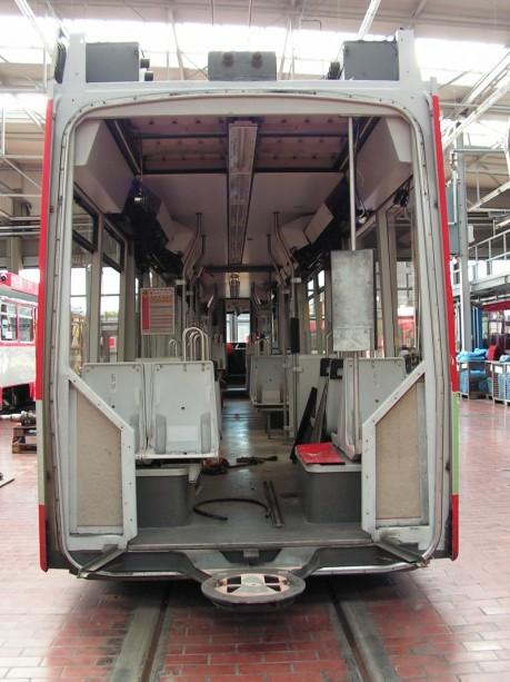 Straßenbahn ohne Faltenbalk